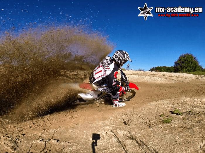Motocross mieten in der MX-Academy - lernen von Chris Moeckli